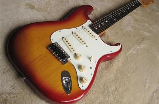 Chitarra elettrica: trucchi e consigli per l'acquisto!