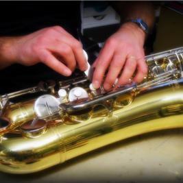 Riparazione clarinetti, sassofoni e ottoni