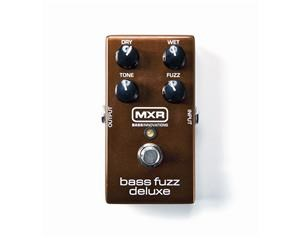 M84 BASS FUZZ DELUXE