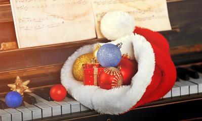 Il regalo del giorno: festeggia l'arrivo del Natale con Dampi!
