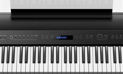 Roland FP 90: un nuovo standard per i pianoforti digitali portatili