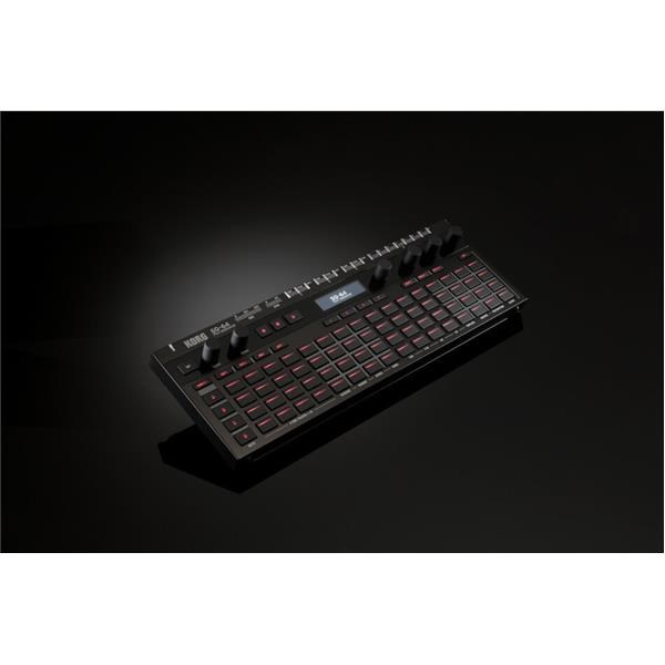 SQ-64 SEQUENCER POLIFONICO