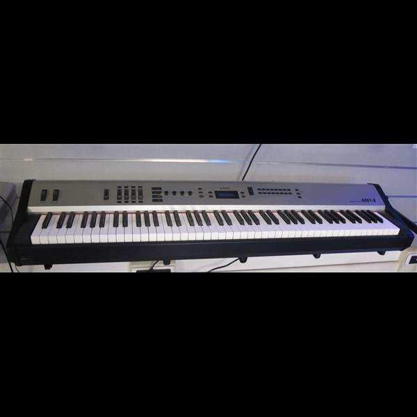 MP4 STAGE PIANO USATO